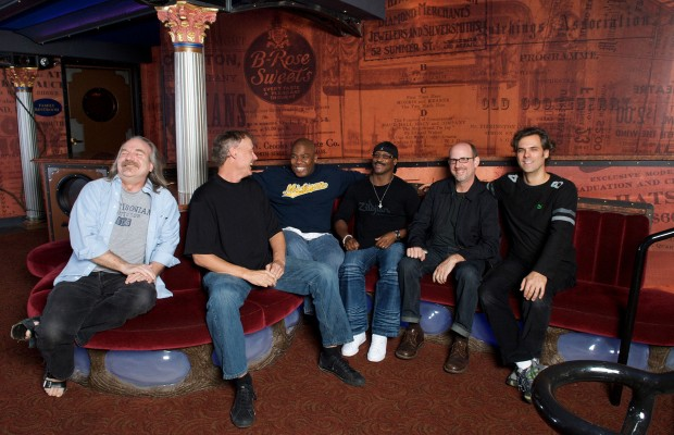 Bruce Hornsby and The Noisemakers!
